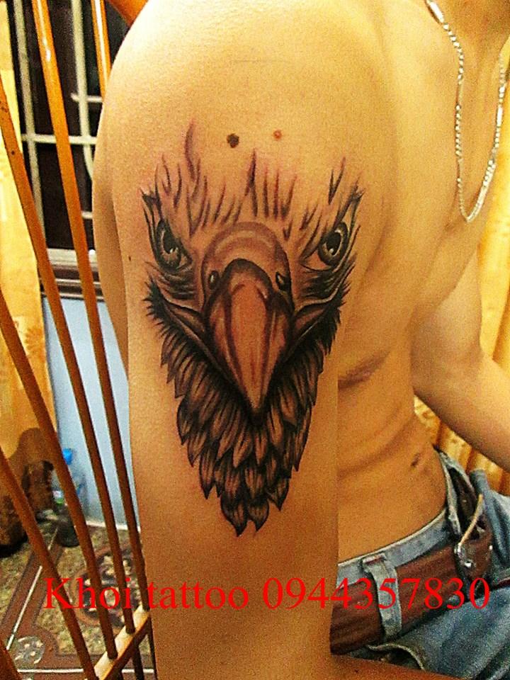 Hình xăm chim cánh tay đẹp tại Khôi Tattoo Lò Đúc