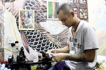 Shop xăm hình Quang Xăm Tattoo Nguyễn Quyền