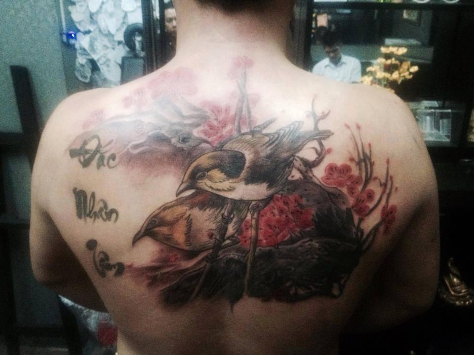 hình xăm nửa lưng tại Tattoo Trịnh Duy : 85 Bình Giã, P.13, Q.Tân Bình
